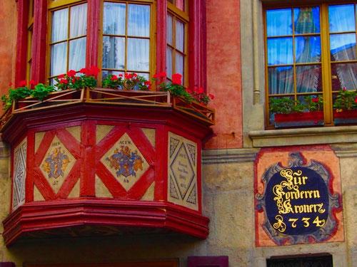 wunderschöne Original-Fassaden aus der frühen Barockzeit