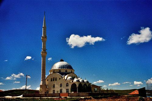 die prachtvolle Moschee von Cerikli