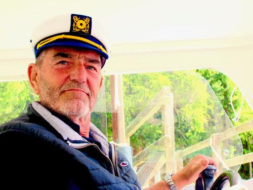 Kapitän Andreotti eröffnete an diesem Tag des Schiffsverkehr