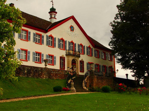 gegenwärtig finanziert sich Schloss Bürgeln als Event-ort für viele Anlässe