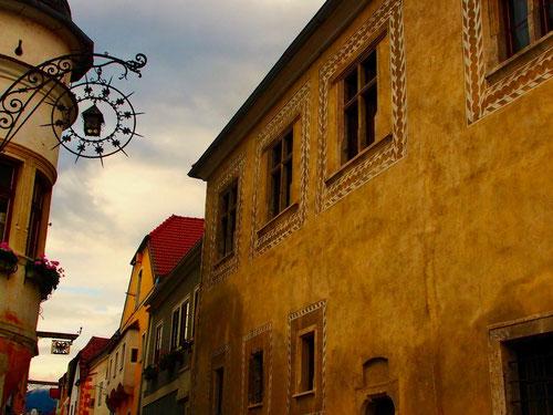 die alten Gassen von Dürnstein vermitteln noch die Romantik früherer Tage