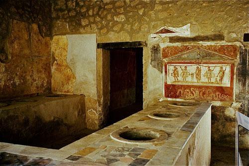 die bekannte Küche von Üompei - 2.000 Jahre alt