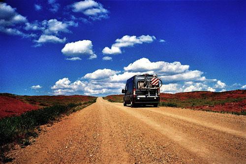 auf einer Natur-Piste fuhren wir weiter nach Kirikale