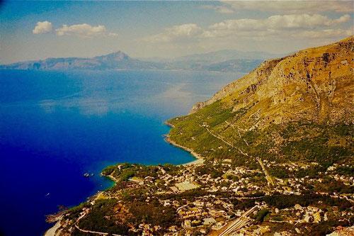 grandioser Panorama-Blick am Golf von Policrasto