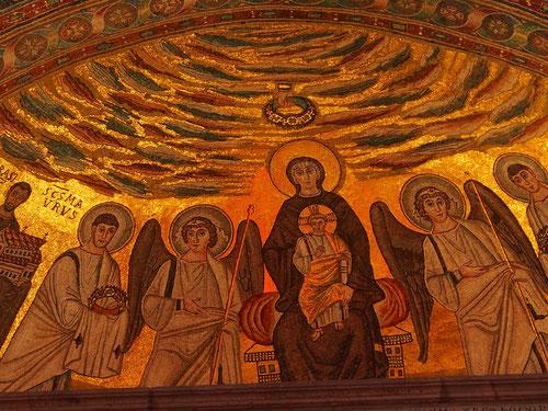 das byzanthinisch gestaltete Altar-Mosaik in der Euphrasiuns-Basilika