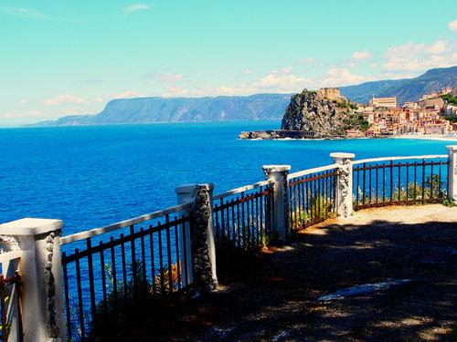 unendliche Panorama-Aussichten - nicht ganz so schön wie in Capri
