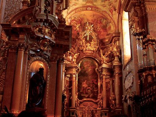 barockisierte, gotische Pfarrkirch St. Martin mit prächtiger Barockausstattung