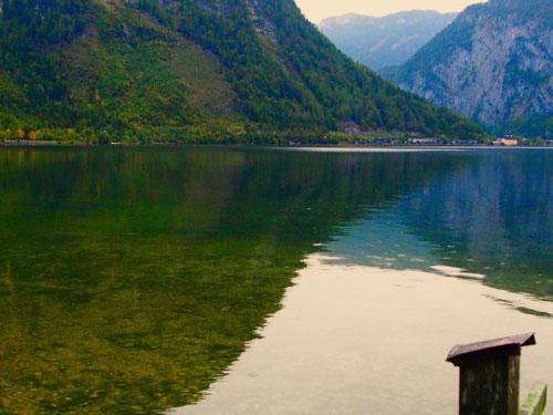 der Hallstatter See, dunkel und mystisch