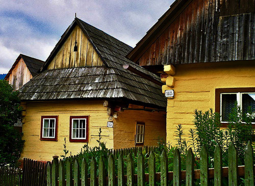 original böhmische Holzhäuser vor Zakopane