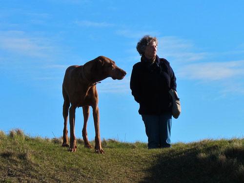 noch einmal schauten Hanni und Lara zurück in die Bucht von Durness