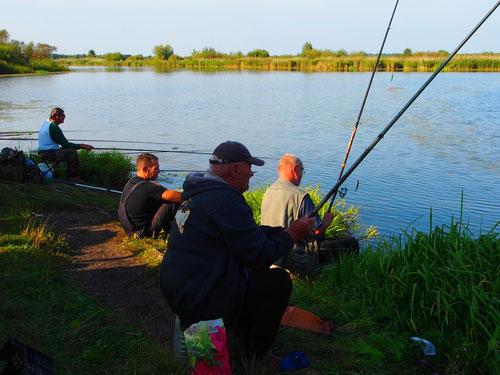 Angler-Gemeinschaft an der Pregler