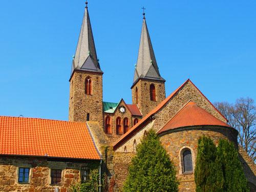 auf der Suche nach einem Rastplatz entdeckte wir das Kloster Hillersleben