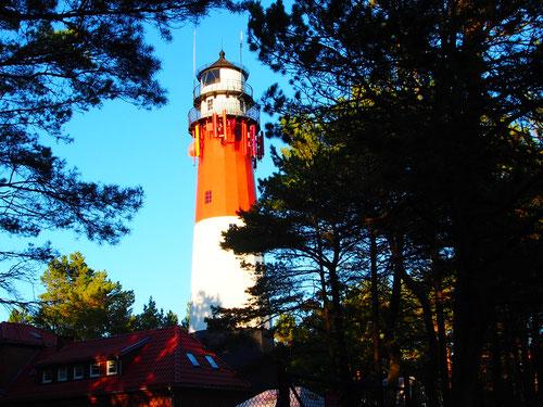 der rot-weisse Leuchtturm von Stilo