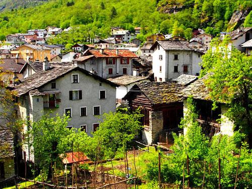 die Gemeinde Bregaglia umfasst die Gemeinden: Bondo, Soglio, Stampa und Vicosoprano