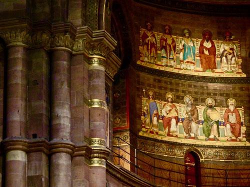 die Romanik und Gotik finden im Liebfrauendom wunderbar zueinander