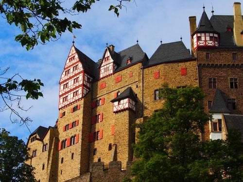 aufgrund der abgelegenen Lage wurde diese Burg noch nie zerstört