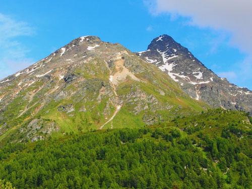 das Schwarzhorn, ein Unterengadiner Berggipfel bei Ardez