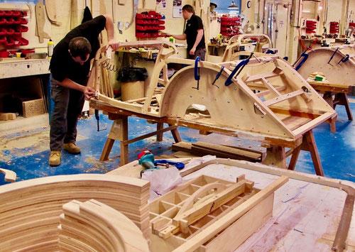 der Holz-Corpus wird aus belgischer Esche gefertigt
