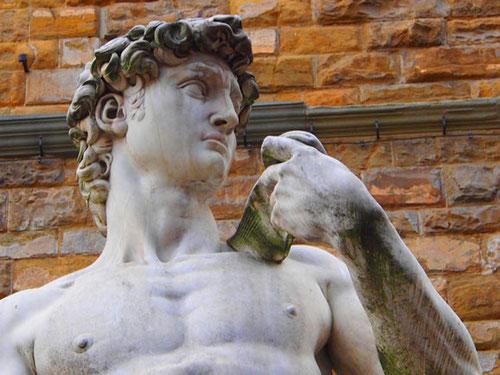 Michelangelo - David aus weissem Carrara-Marmor