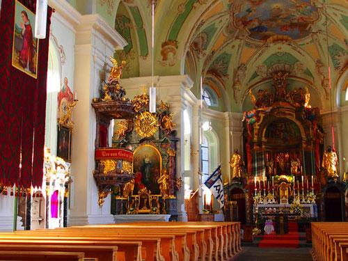 1752 - wurde diese Kirche, eingeweiht und dem hl. Andreas gewidmet