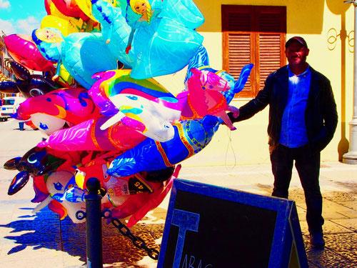 der Marketender mit den bunten Luftballons durfte nicht fehlen