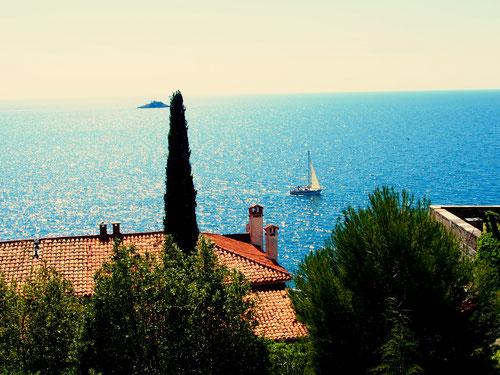 angenehme Mittelmeer-Atmosphäre