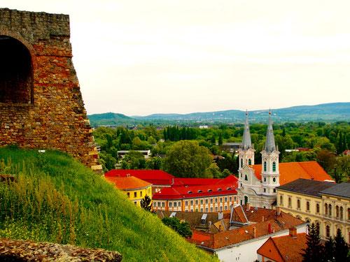 Esztergom am Donauknie - die katholische Kirche, das relgiöse Zentrum Ungarns