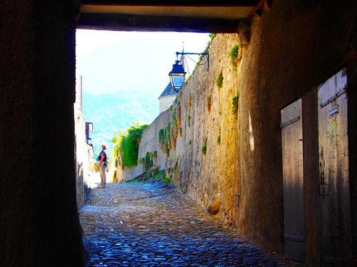 Aufgang zum Innenhof des Schlosses
