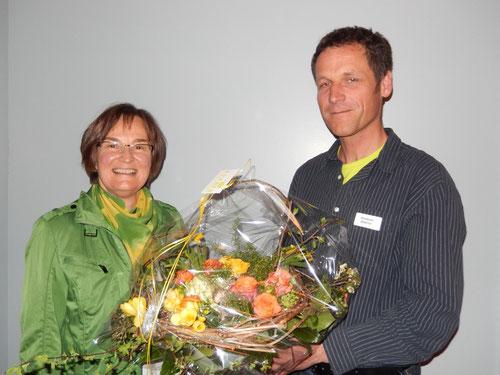 Ein grosses Dankeschön an Vreni Karrer für ihre 20 jährige Mitarbeit von Präsident Christoph Buschor