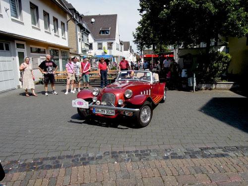Nach der Rallye stiessen  auch die Mayenbergers ,dem Hitzetod nahe, zu uns!