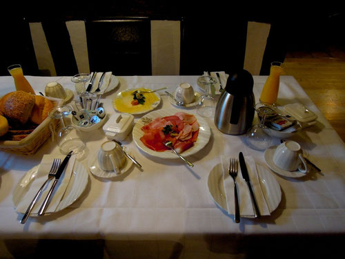 lecker Frühstück.....klasse Frau Palenga!