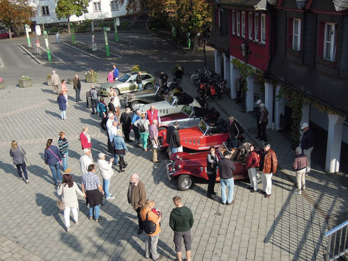 Parken auf dem ENDERTPLATZ mitten in Cochem!