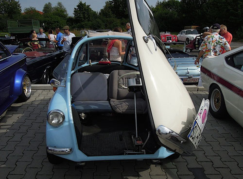 Es gab kleine Autos......