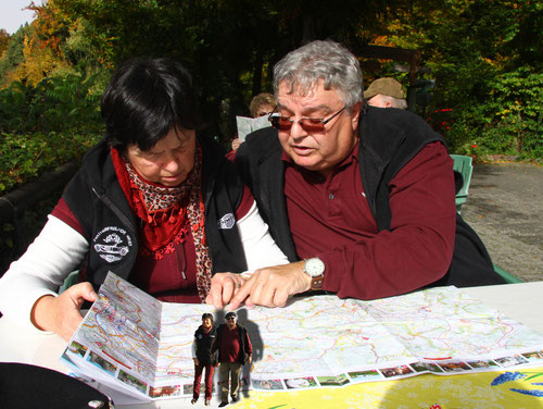 """Barbara & Markus bei der Planung!Da schlugen die Vorbereitungen für 2013 die ersten positiven """"Schatten!"""""""