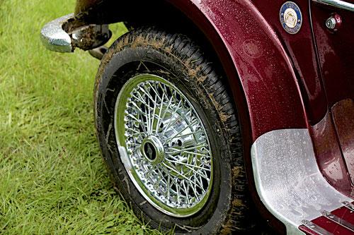 Übrigens.Reifen und Felgen sind neu!