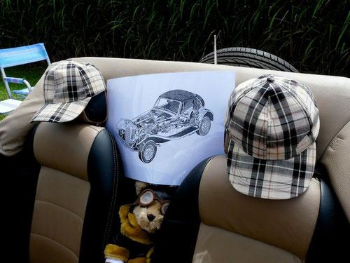 Auto von Sherlock Holmes & Dr.Watson ? Nee....natürlich waren auch Pantherfreunde aus der Eifel da!die Eifel war auch da!