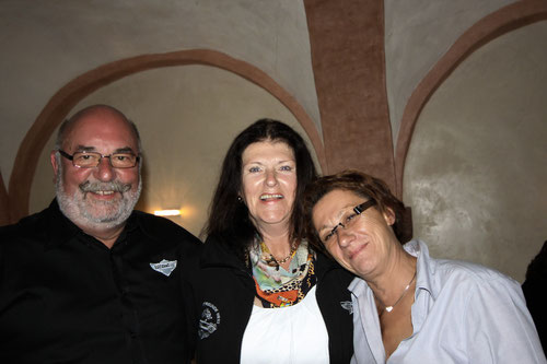 Im Namen aller Teilnehmer hatte  Ilona unseren Routen-Dankeschön-Gutschein überreicht!