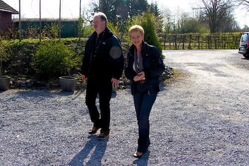 """Ein Teil der sogenannten """"Sauerlandgruppe""""Ulrike & Michael aus Hemer sind soeben angekommen? Warum nicht im Panther.....??!Ihr Kallista steht bereits in  MG....bekommt ein neues Dach.......wahrscheinlich dieses Jahr noch???????"""