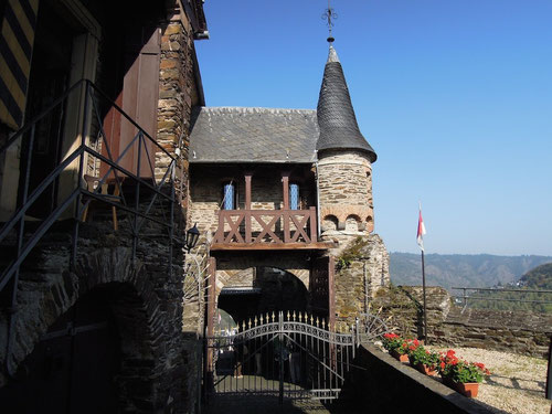 Der Eingang zur Burgführung!