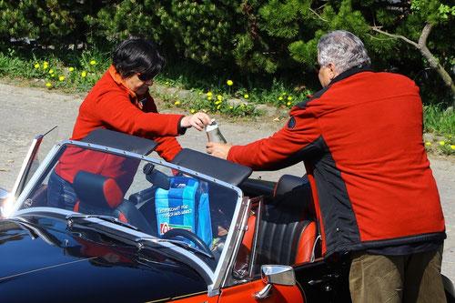 Doppelklick...und Ihr seht, was sich in der blauen Tasche befindet!