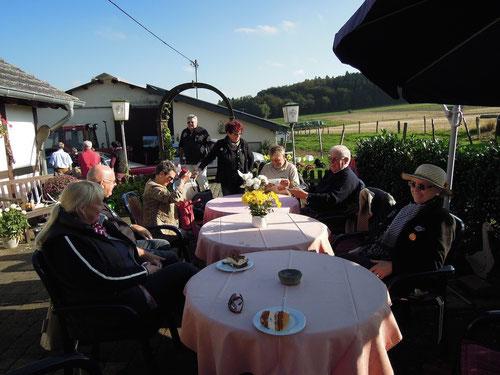 Muss man sich unbedingt merken: Bauerncafe in Bongard