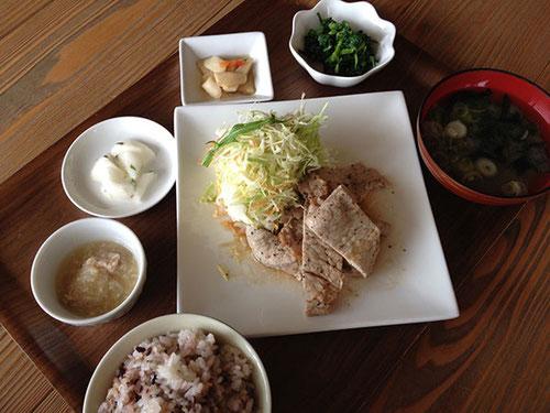 お肉のランチ「和風ポークソテー」