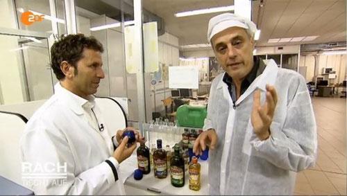 Marcello Scoccia mit Sternekoch Christian Rach im Labor von Bertolli.