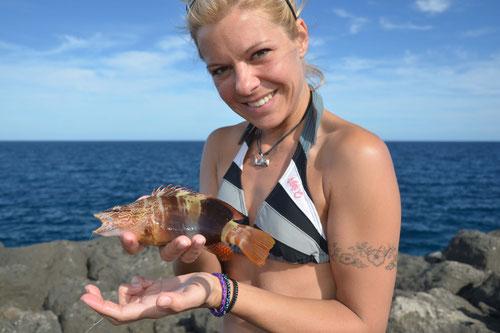 Babs mit Meeresfisch von Fuerteventura