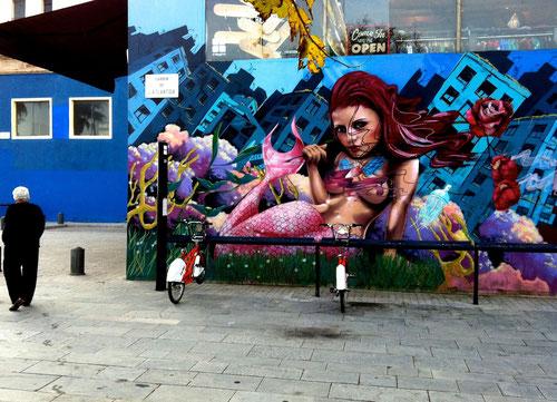 """Mural"" mit Meerjungfrau in Barcelona , 2013 (Foto . J.v.Troschke)"