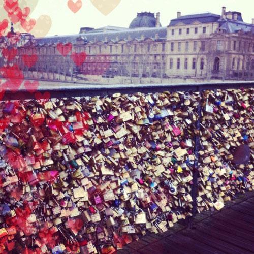 AceCam Love mettre des coeurs à ses photos instagram