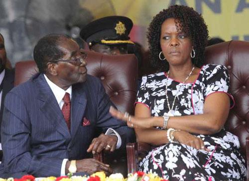 """Despot Robert Mugabe und seine Ehefrau """"Gucci Grace"""""""