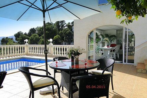 Ferienwohnung Valencia, neue Terrassenmöbel, April 2011