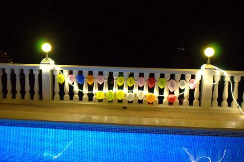 Pool der Ferienwohnung Valencia Mit Dekoration zum Geburtstag von Doreen