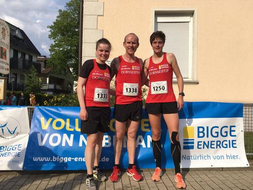 v.l.: Judith Hacker (Platz 1), Thomas Schönauer (Platz 3) und Sandra Clemens (Platz 2)